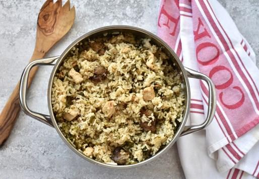 בחש – אורז ירוק עם חזה עוף וכבדים