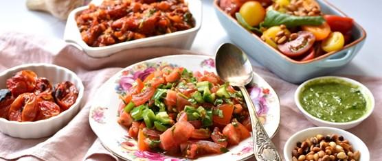 רעיונות לסלטי עגבניות קלים